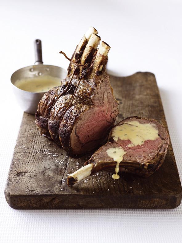 Standing rib roast with bearnaise sauce